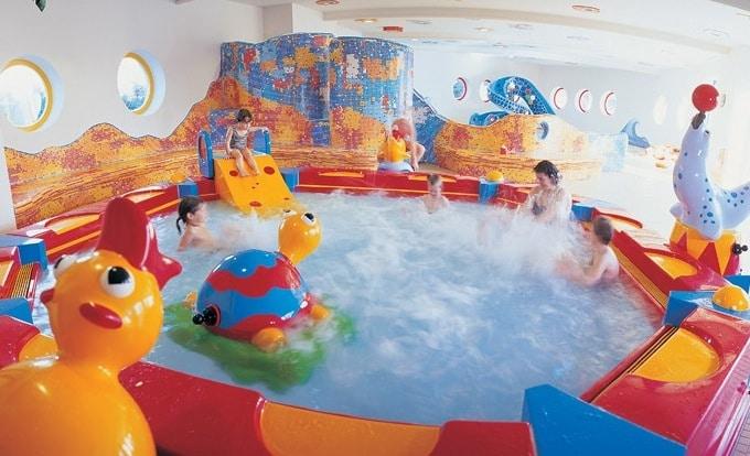 Hotel per bambini piccoli in Carinzia scopri il Ginas  FAMILYGO