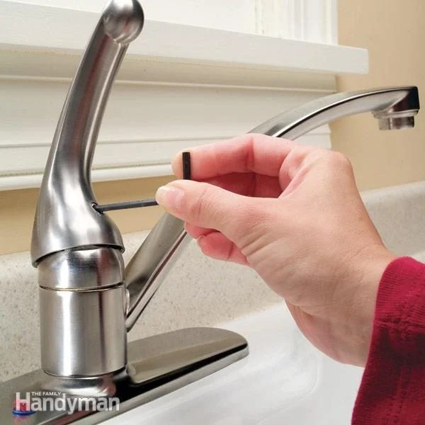 kitchen faucet repair ceramic cabinet knobs how to a single handle the family handyman fh05sep repfau 01 2