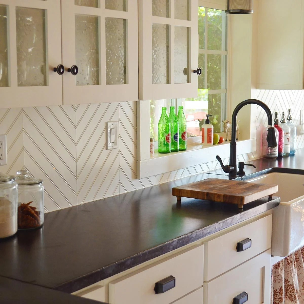 The 30 Backsplash Ideas Your Kitchen Can't Live Without The Family