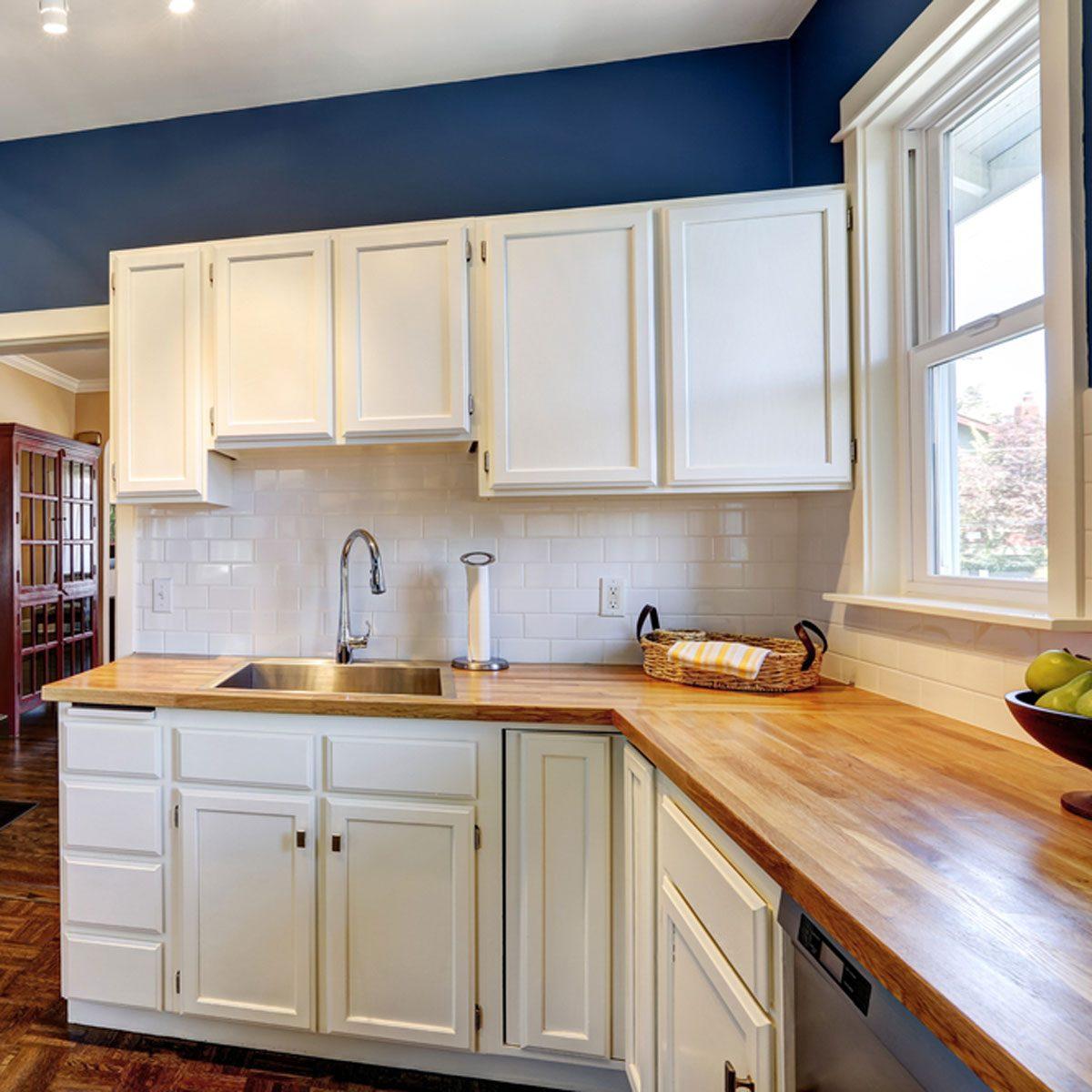 Kitchen Cabinet Carcass Construction