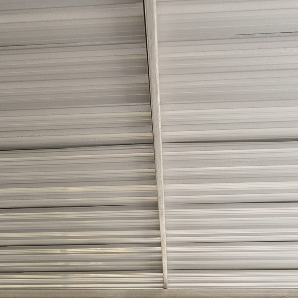 hight resolution of corrugated tin ceiling