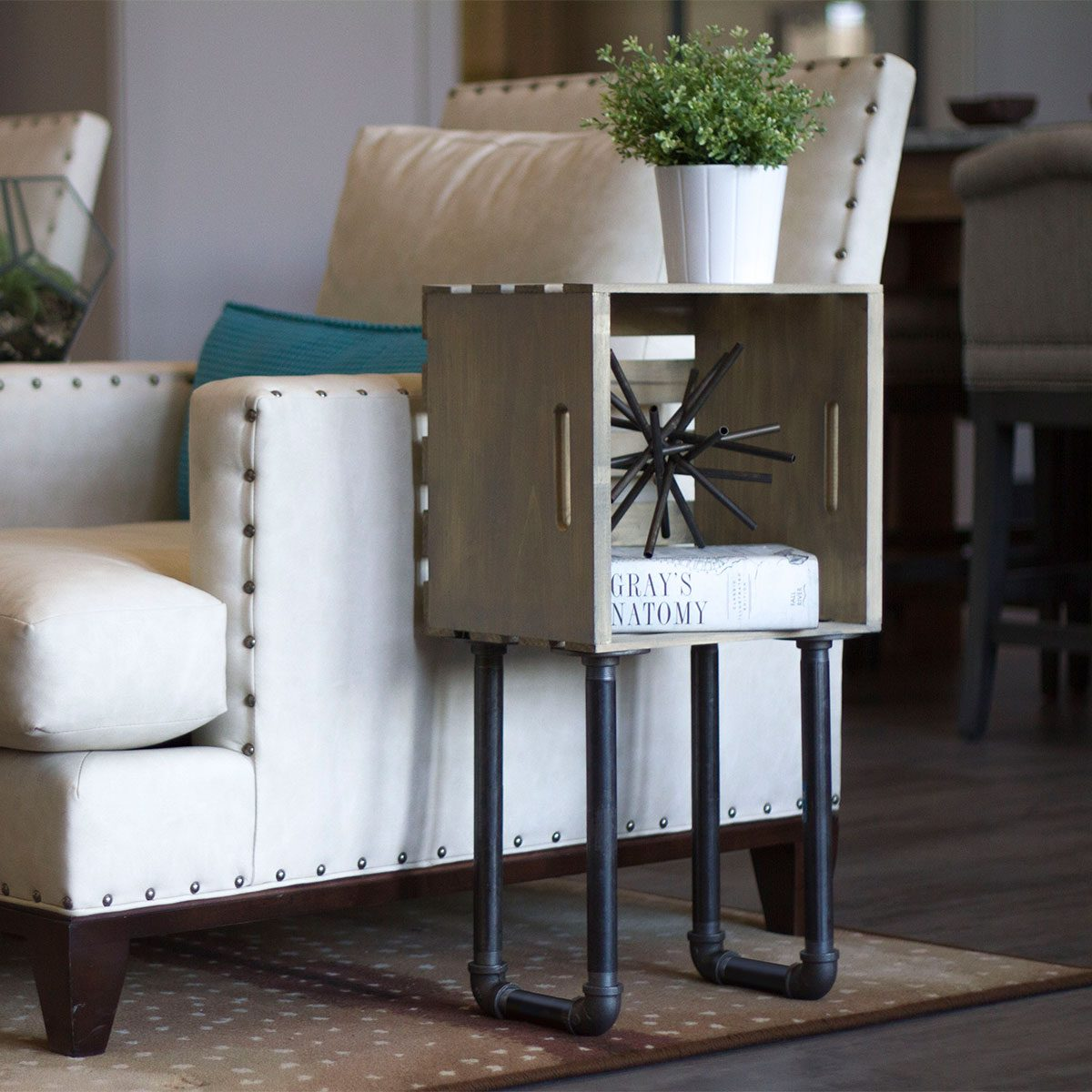 how to build a crate end table diy