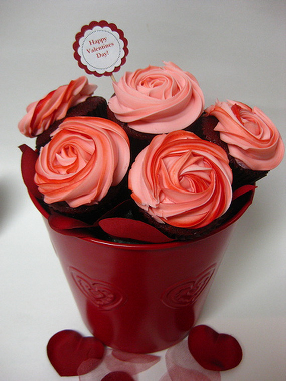 Valentines Cupcake Decorating Ideas  family holidaynet