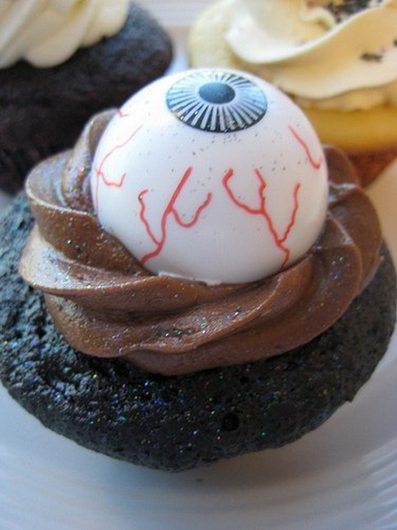 COOL HALLOWEEN CUPCAKE IDEAS  family holidaynetguide to family holidays on the internet