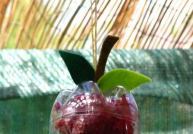 Easy And Inspiring Homemade Sukkah Decoration Crafts