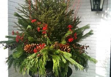Ideas About Christmas Porch Decorations On Pinterest