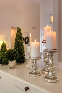 50 Festive Bathroom Decorating Ideas For Christmas ...