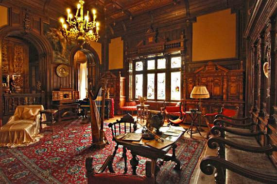 Spectacular Peles Castle in Romania Part 2  family