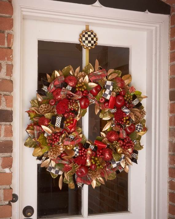 40 Cool DIY Decorating Ideas For Christmas Front Porch  family holidaynetguide to family