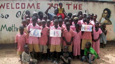 基督教今日報 : 恐攻遺孤需要你!贈書計畫傳愛,直送奈及利亞