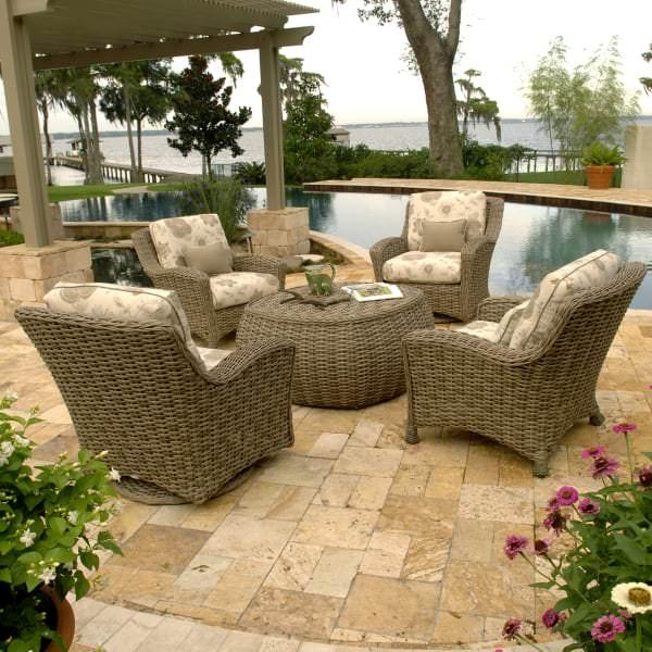 ebel outdoor patio furniture Dreux Chat Set