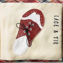 214-Busy-book-tie-a-shoe
