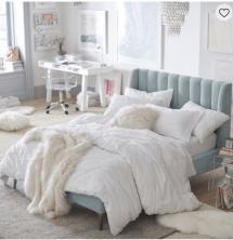 Create Beautiful Girl' Dorm Room