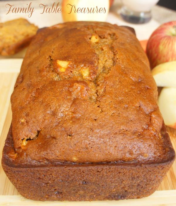 {Apple} Pumpkin Spice Bread {with Cinnamon Apple Whipped Cream}