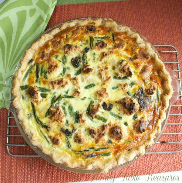 Herbed Chicken & Asparagus Quiche