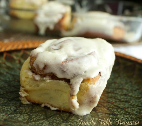 Homemade Cinnamon Rolls {with Cream Cheese Icing}