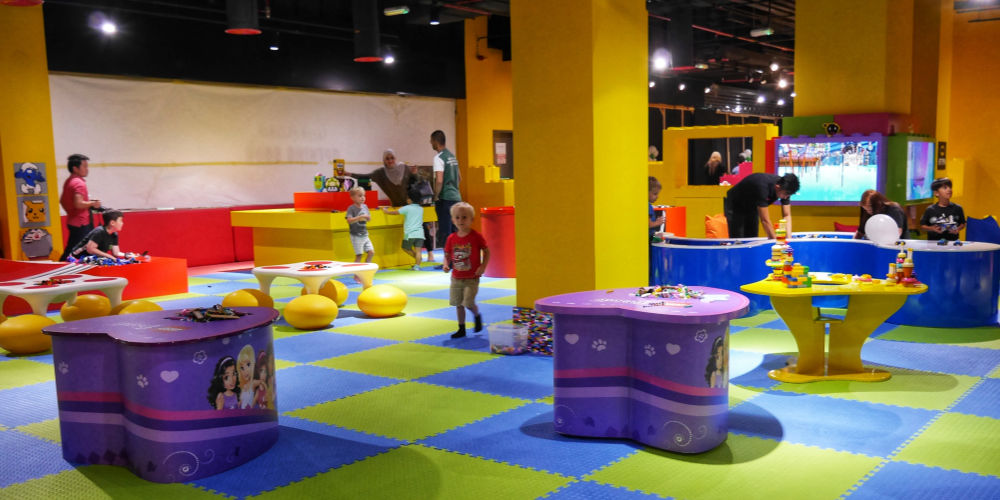 Pop in and Play Lego Play Centre in World Trade Centre Mall