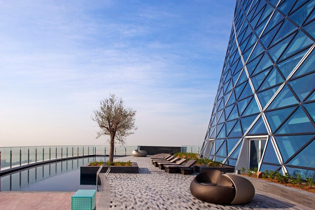 Andaz Capital Gate 19th floor pool