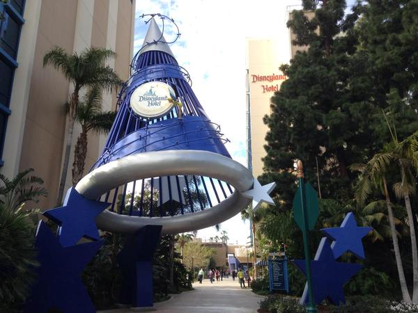 Disneyland Hotel Review