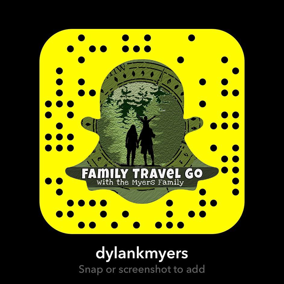 Family Travel Go Snapchat Logo