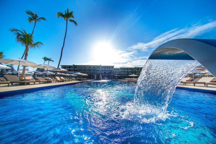 Pool at Royalton Bavaro Resort & Spa; Courtesy of Royalton Bavaro Resort & Spa