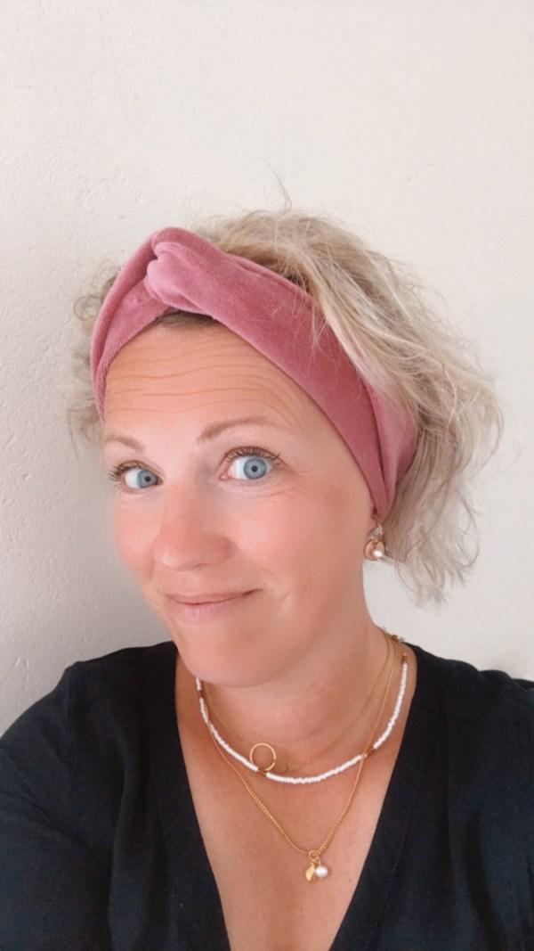 Oudroze haarband van velours