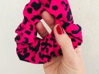 Scrunchie: leopard roze