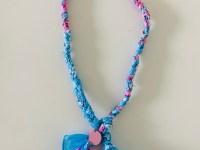 Bandana ketting aquablauw/roze