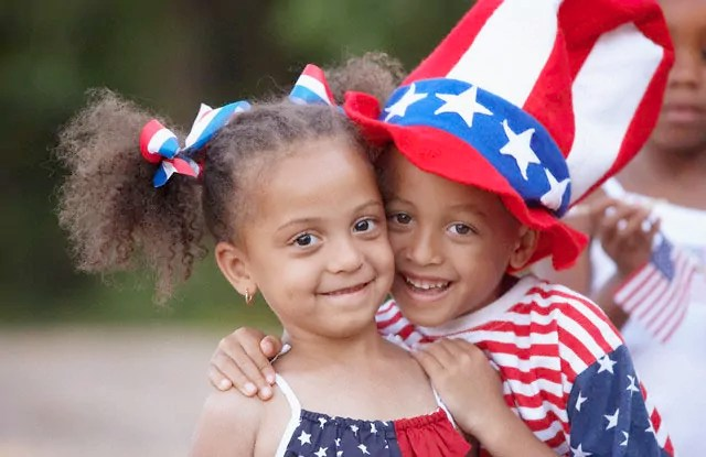 https://i0.wp.com/www.famlii.com/wp-content/uploads/2014/07/African-American-Siblings-Hugging-at-fourth-of-july.jpg