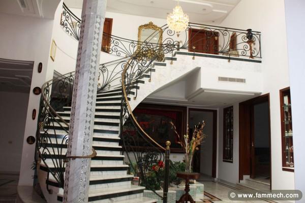Immobilier Tunisie  Vente Maison Monastir  Villa de luxe a Monastir 1