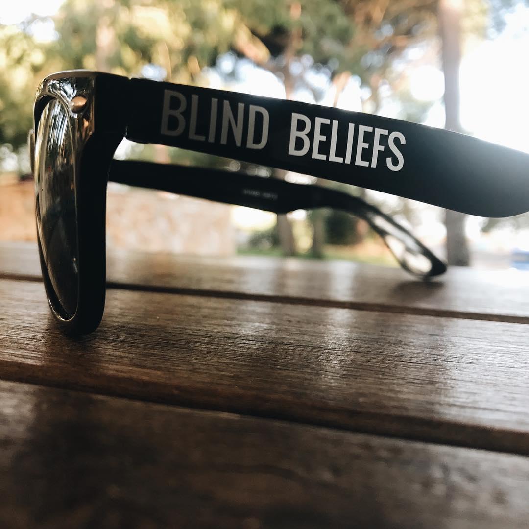 Blind beliefs @freakyxlennert @vincent.marien @samclaes