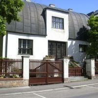 Steiner House, Vienna