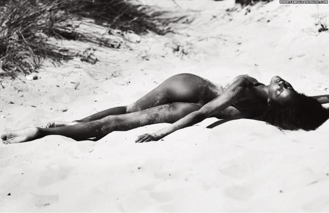 Ebonee Davis Beautiful Sexy Chocolate Perfect Nude Posing Hot