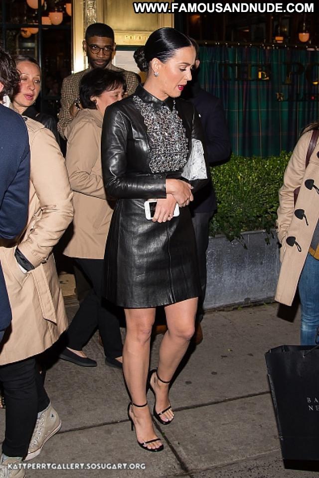 Katy Perry New York Beautiful Babe New York Posing Hot Celebrity Bar