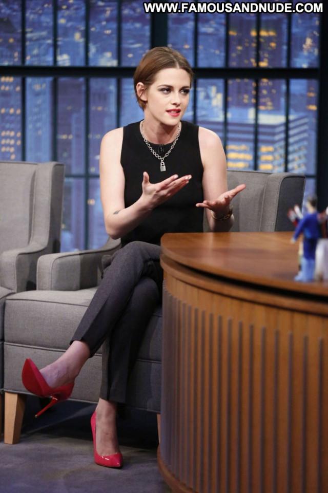 Kristen Stewart New York Beautiful Posing Hot Babe New York Celebrity