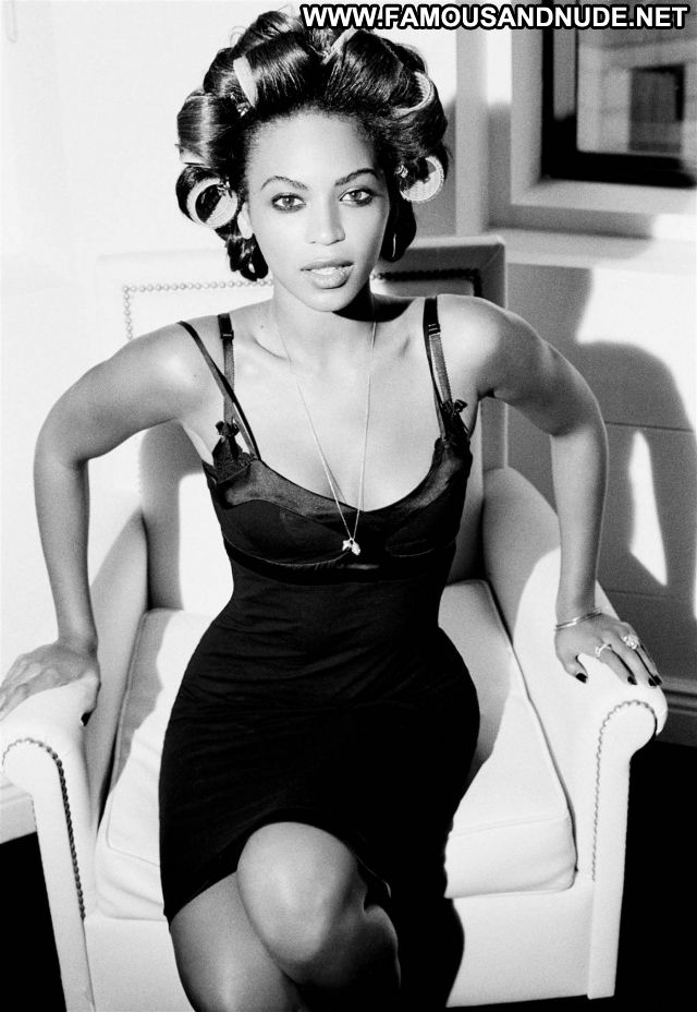 Beyonce Knowles Singer Ebony Hot Celebrity Celebrity Posing Hot