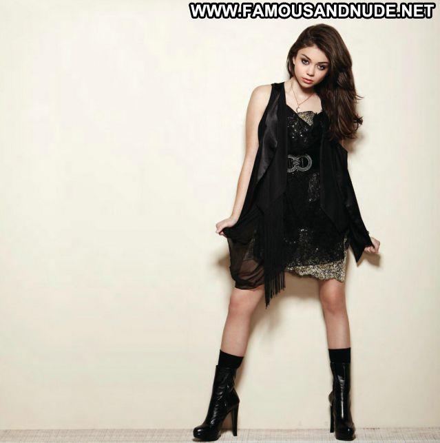Sarah Hyland Posing Hot Celebrity Babe Posing Hot Brunette Hot Teen