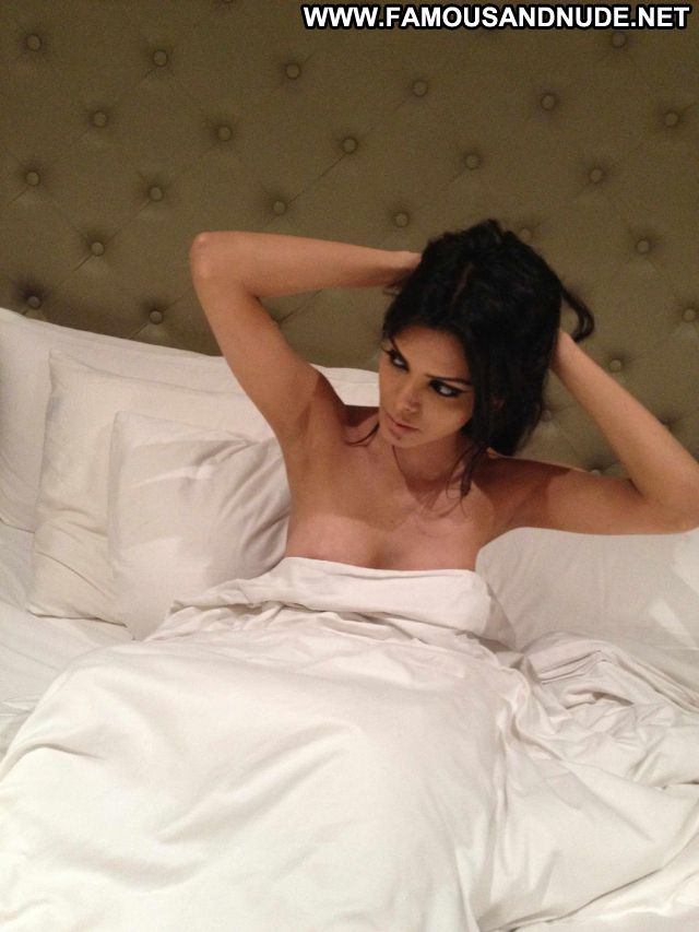 Sherlyn Chopra Actress Celebrity Showing Tits Doll Sexy Babe