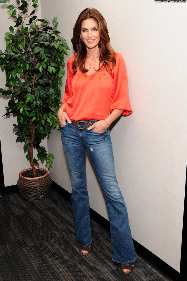 Cindy Crawford Beverly Hills Beautiful Babe Posing Hot Celebrity High