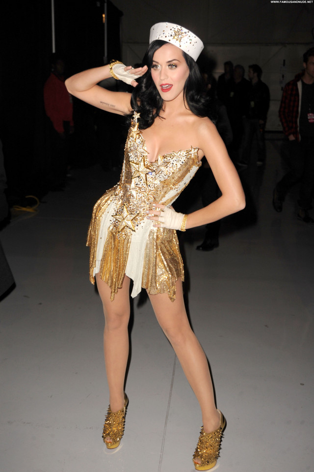 Katy Perry Posing Hot High Resolution Celebrity Beautiful Babe Hot