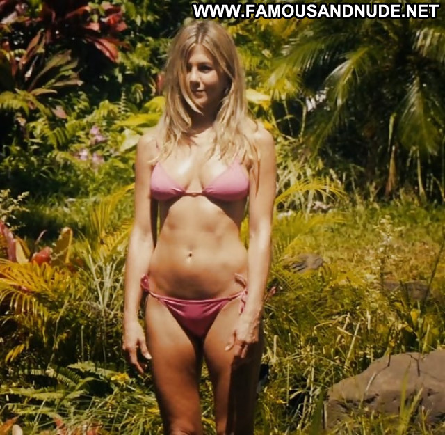 Jennifer Aniston Pictures Hot Celebrity Milf Babe Nude Famous Hd Doll