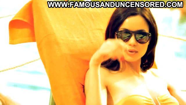 Dafne Fernandez Esta En Tu Mano Pool Bikini Gorgeous Doll