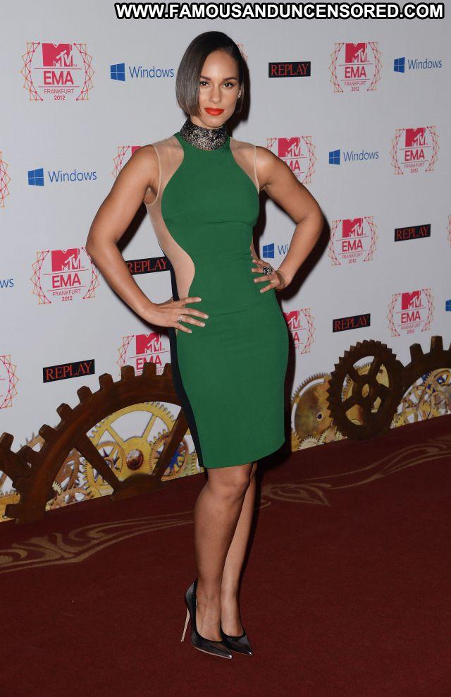 Alicia Keys Singer Babe Celebrity Posing Hot Celebrity Famous Ebony