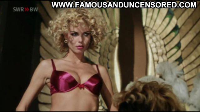 Heidi Klum Blow Dry Nude Celebrity Famous Posing Hot Celebrity Sexy