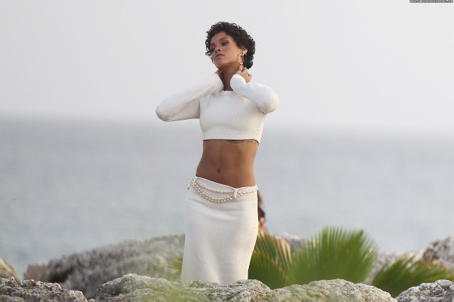 Rihanna Photoshoot Barbados Beautiful High Resolution Babe Photoshoot