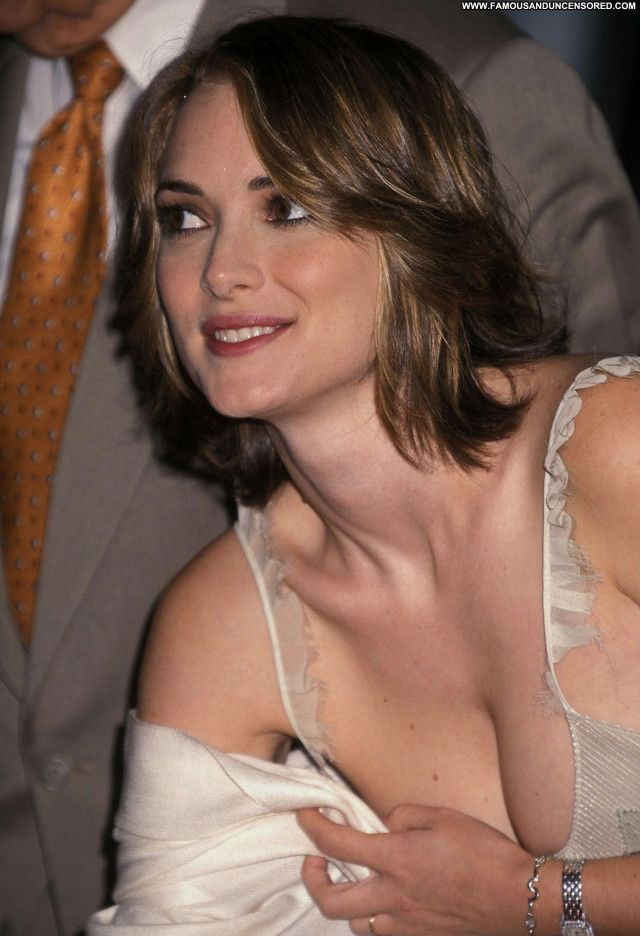 Winona Ryder Hollywood Walk Of Fame Celebrity Posing Hot Cute Famous
