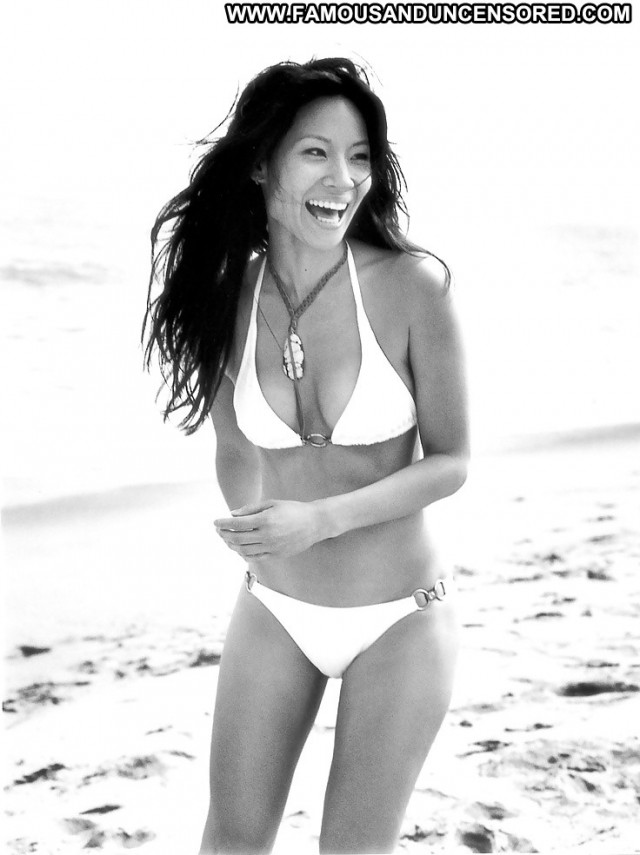 Lucy Liu Pictures Asian Celebrity Hot Beautiful Sexy Posing Hot Doll