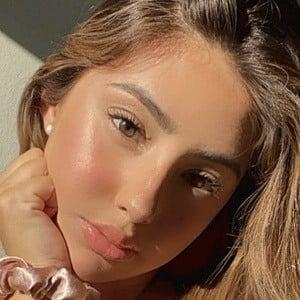 Leslie Hernandez 6