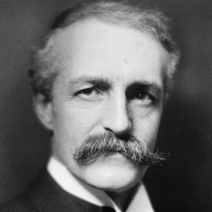 The gifford pinchot national forest includes 1.3 million acres of forests, mountains, river valleys, waterfalls, wilderness, and wildlife. Gifford Pinchot Bio Family Trivia Famous Birthdays