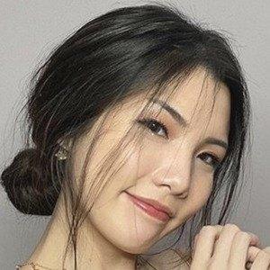 Tinna Fang ()